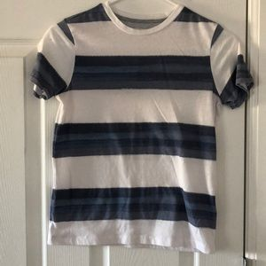 Old navy boys shirt, size 8 white and blue